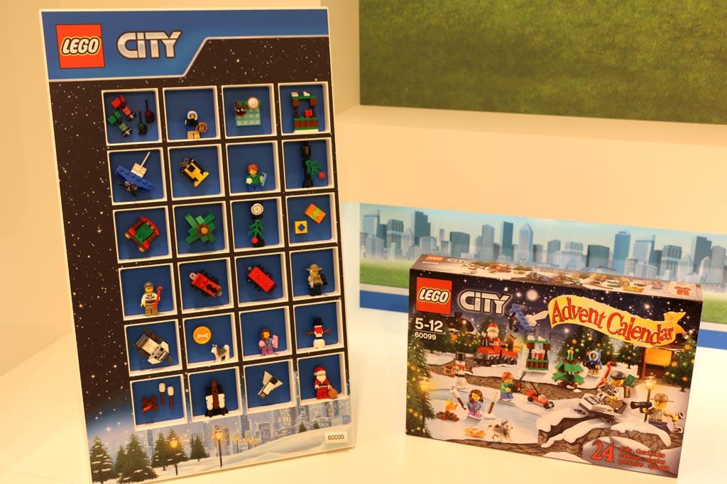 lego-new-sets-city-weihnachtskalender-spielwarenmesse-toy-fair-2015-andres-lehmann.jpg