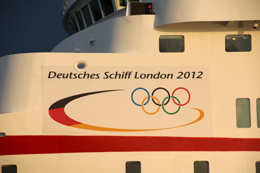 ms-deutschland-deutsches-schiff-london-2012-andres-lehmann