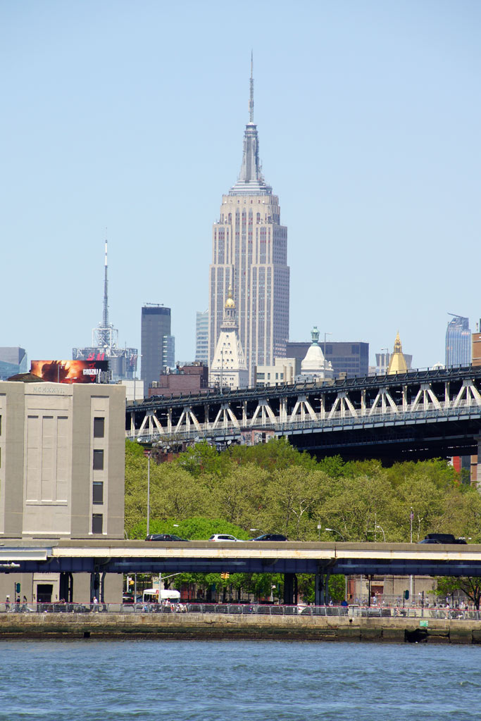 new-york-city-brooklyn-bridge-park-ausblick-empire-state-building-2014-andres-lehmann