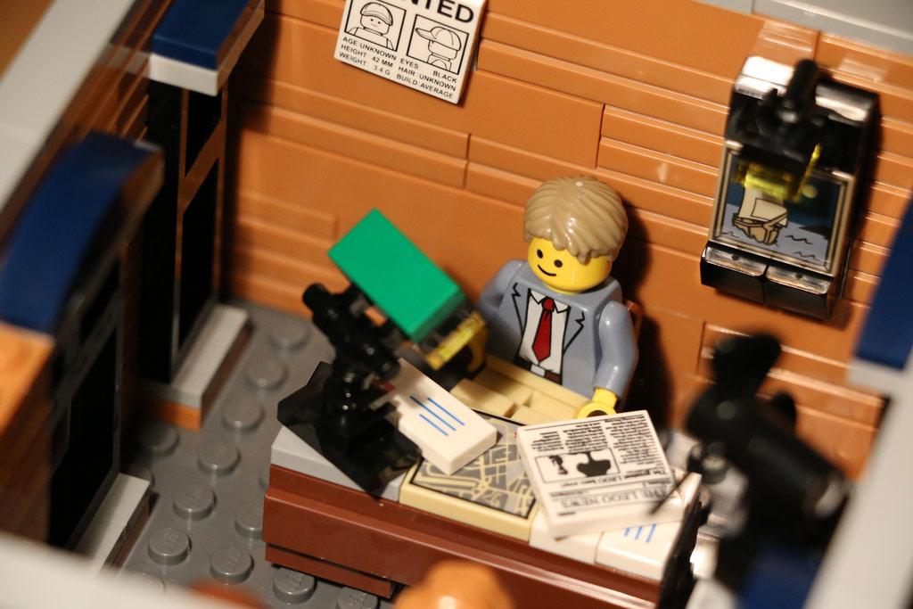 lego-creator-expert-detektivbuero-set-10246-2015-andres-lehmann