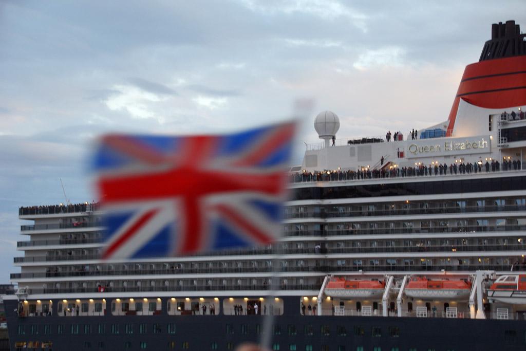 queen-elizabeth-fahne-grossbritannien-2012-andres-lehmann