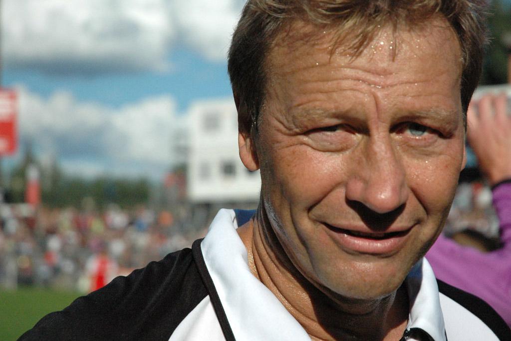 tag-der-legenden-2010-millerntor-hamburg-andres-lehmann