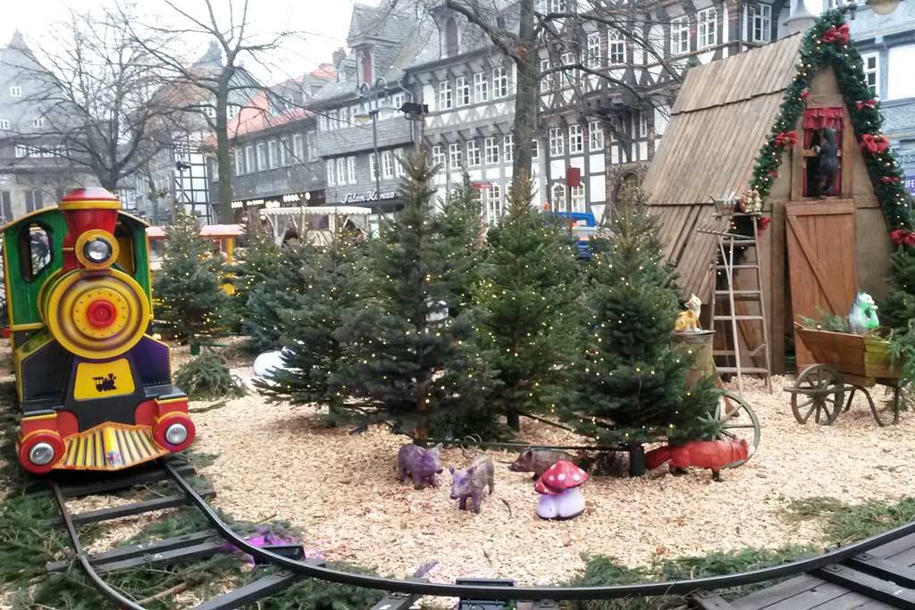 goslar-weihnachtsmarkt-eisenbahn-harz-weihnachten-2014-maria-kubica