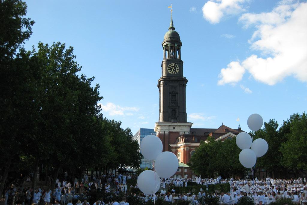 ballons-michel-weisses-dinner-hamburg-2012-andres-lehmann