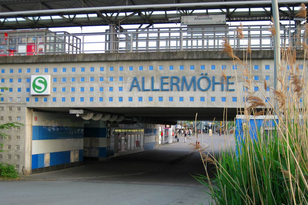 allermoehe-s-bahn-station-andres-lehmann