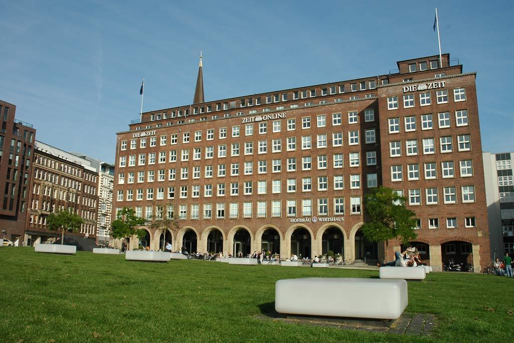 pressehaus-die-zeit-park-herbst-hamburg-andres-lehmann