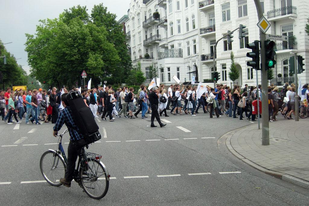 studenten-demo-uni-hallerstrasse-hamburg-andres-lehmann