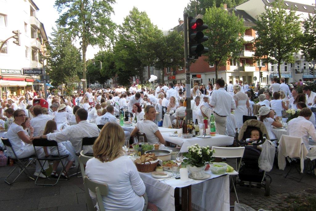 weisses-dinner-2011-eimsbuettel-osterstrasse-hamburg-katharinna-kubica