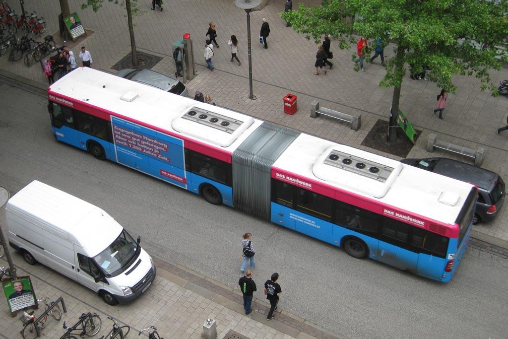 bus-moenckebergstrasse-hamburg-andres-lehmann