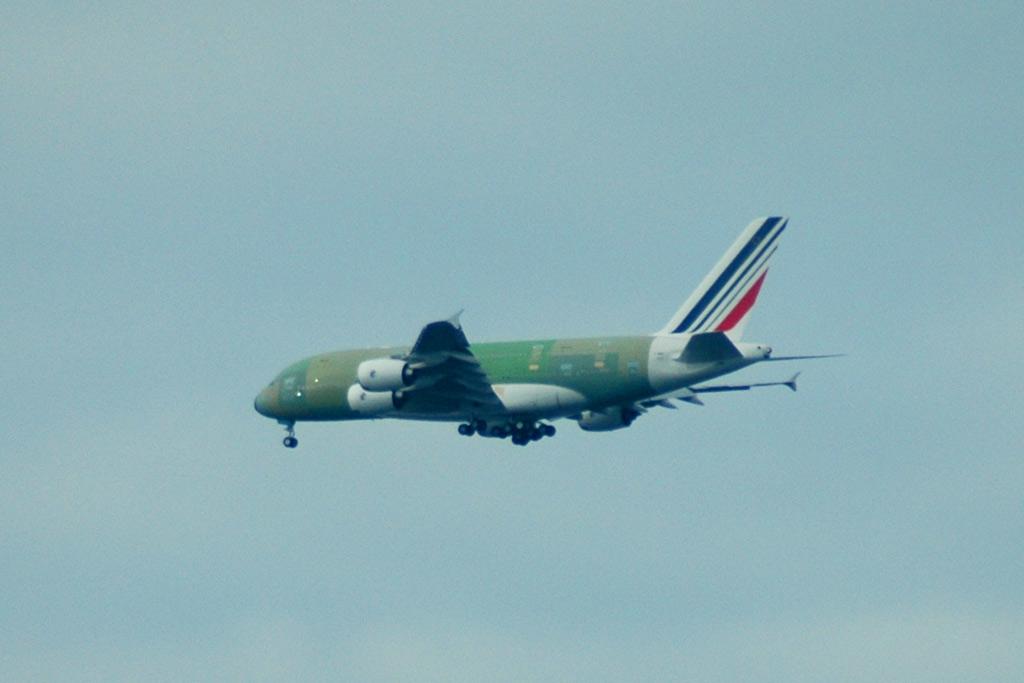 a380-unlackiert-flug-airbus-hamburg-andres-lehmann