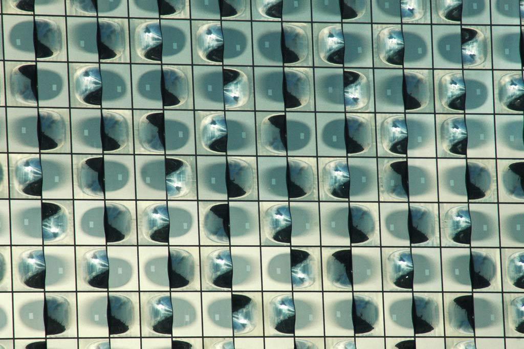 elbphilharmonie-glas-fassade-hamburg-andres-lehmann
