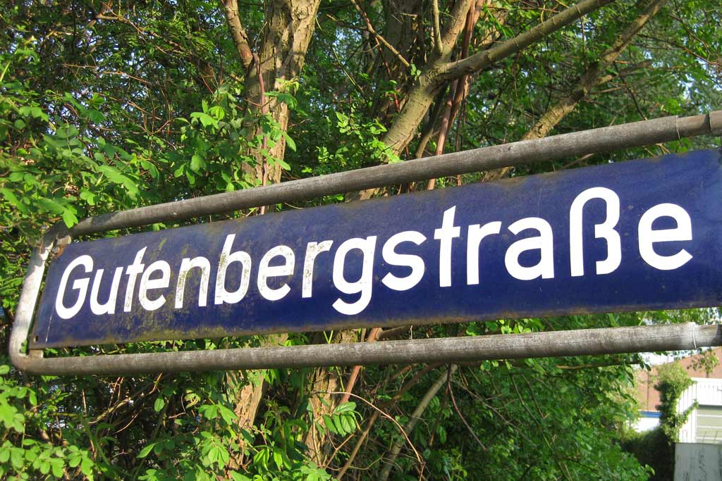 schilder-gutenbergstraße-hamburg-andres-lehmann