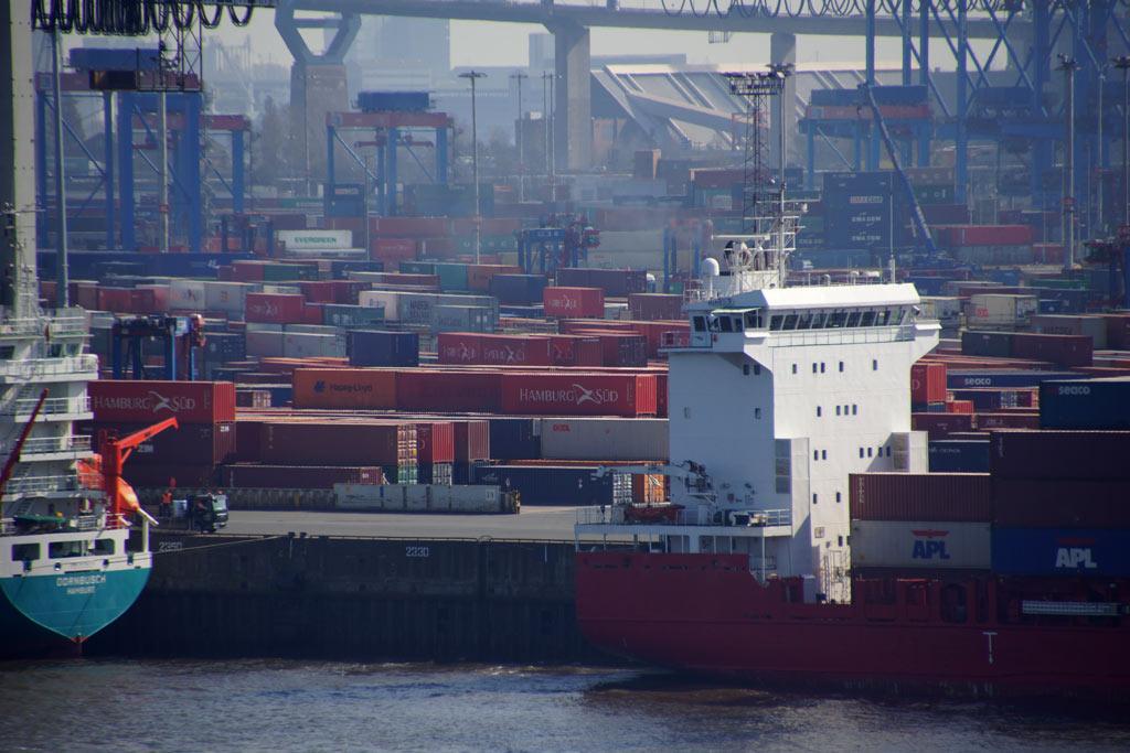 container-hafen-hamburg-sued-andres-lehmann