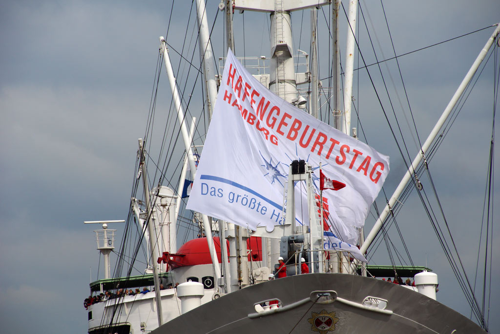 cap-san-diego-logo-fahne-hafengeburtstag-hamburg-andres-lehmann