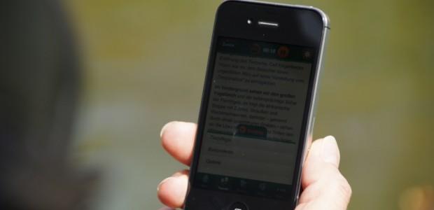 Das iPhone 4S kann ab sofort auch bei der Deutschen Telekom ohne Netzsperre erstanden werden. SIM-Karten können beim Smartphone somit nach Belieben eingesetzt werden.