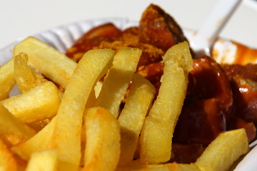 pommes-currywurst-andres-lehmann