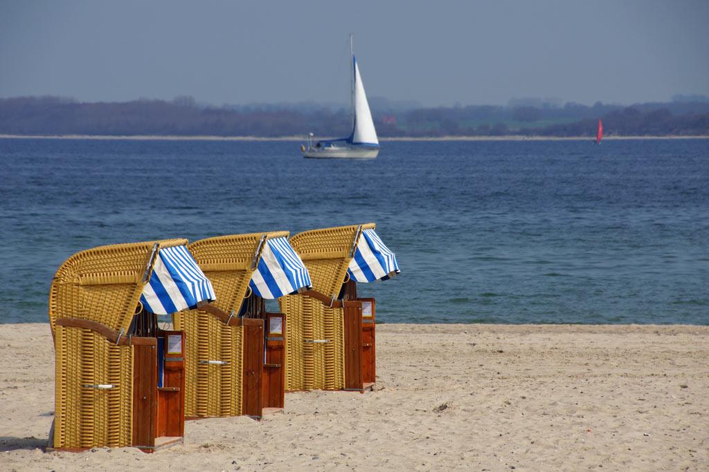 strandkorb-ostsee-travemuende-sonne-andres-lehmann