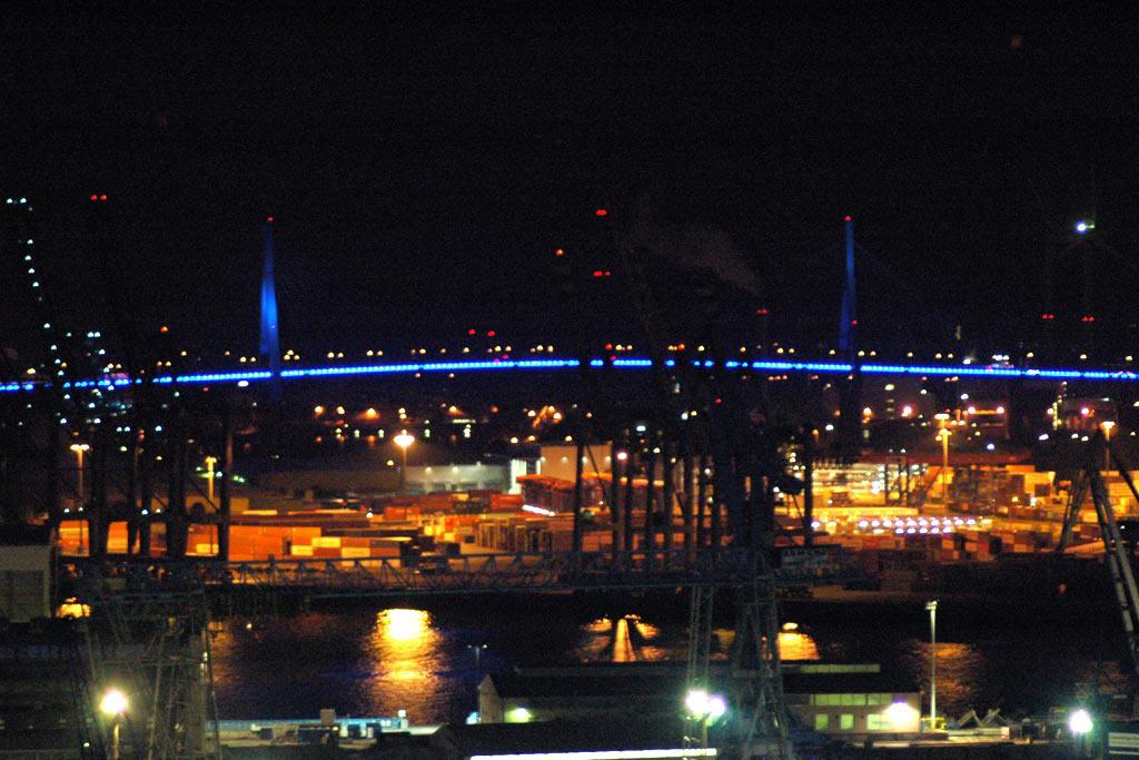 koehlbrandbruecke-blue-port-2012-michael-batz-hamburg-andres-lehmann