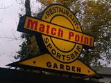 matchpoint-currywurst-sportsbar-klein-2012-roland-triankowski