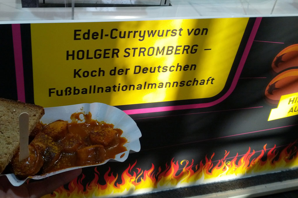 edel-currywurst-holger-stromberg-cebit-2013-andres-lehmann