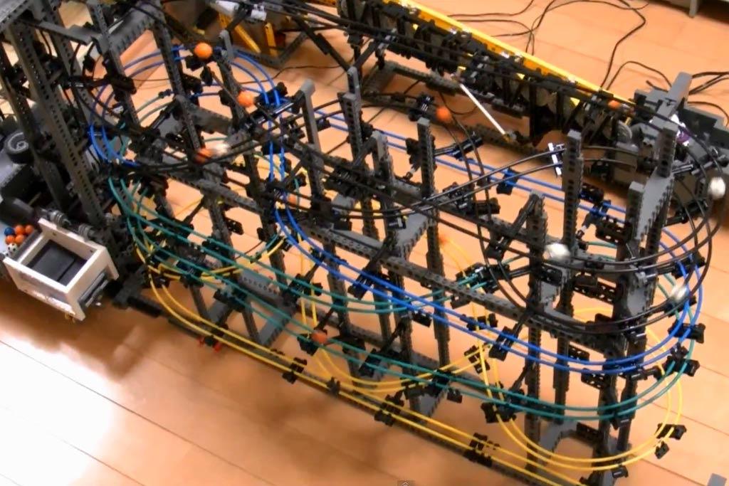 lego-great-ball--contraption-akiyuky-youtube-screenshot