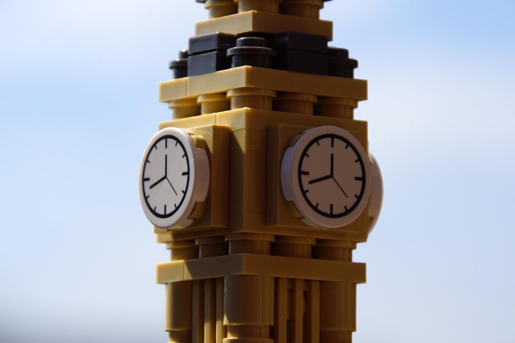 lego-architecture-big-ben-andres-lehmann