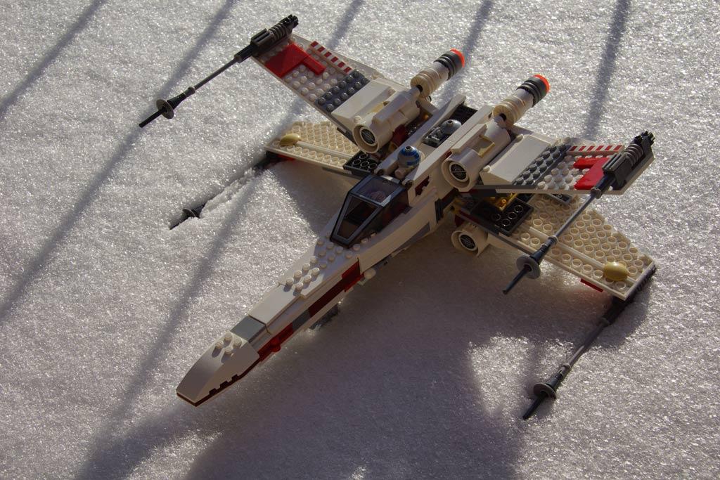 lego-star-wars-x-wing-starfighter-seite-2013-andres-lehmann