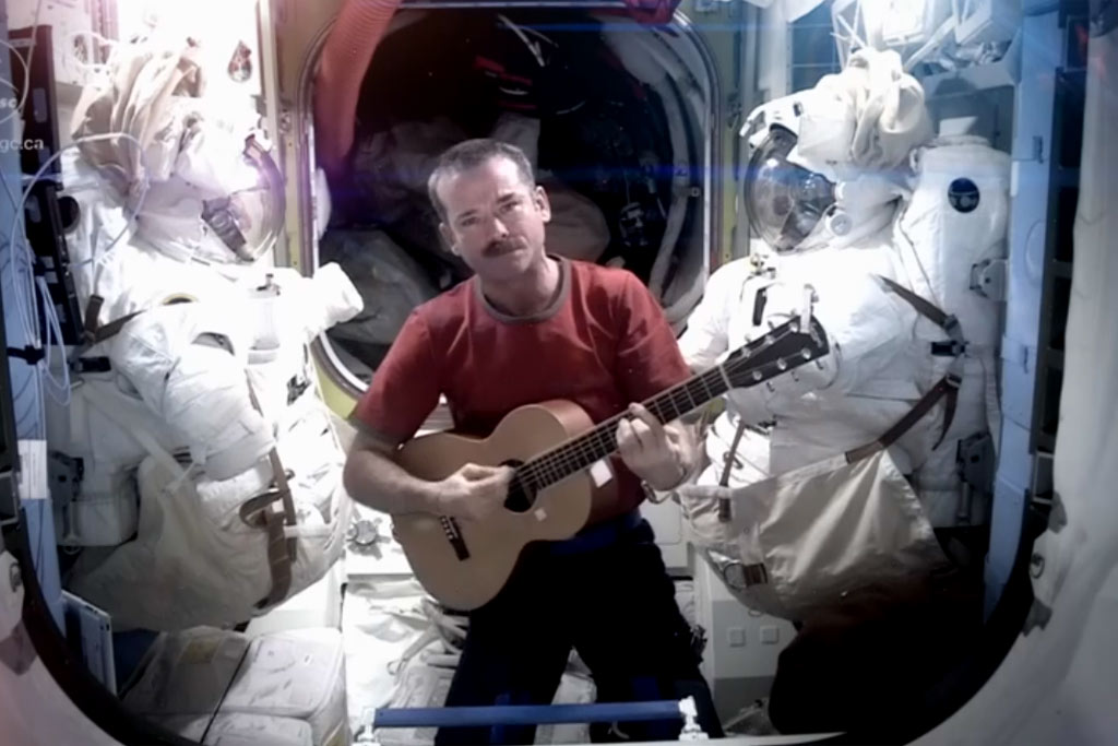 chris-hadfield-youtube-screenshot