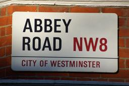 abbey-road-strassenschild-andres-lehmann