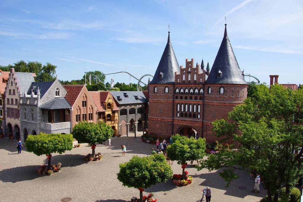hansa-park-sierksdorf-holstentor-hanse-ostsee-freizeitpark-katharina-kubica