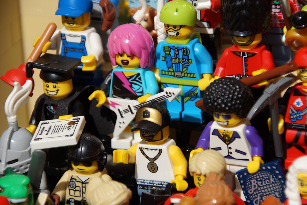 lego-minifigures-series-1-11-figuren-auswahl-2013-andres-lehmann