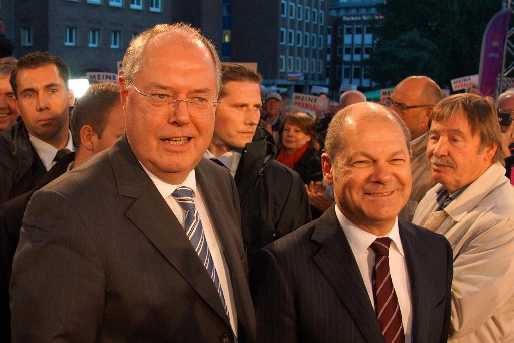 abschlussveranstaltung-spd-peer-steinbrueck-buergermeister-olaf-scholz-hamburg-speersort-2013-andres-lehmann