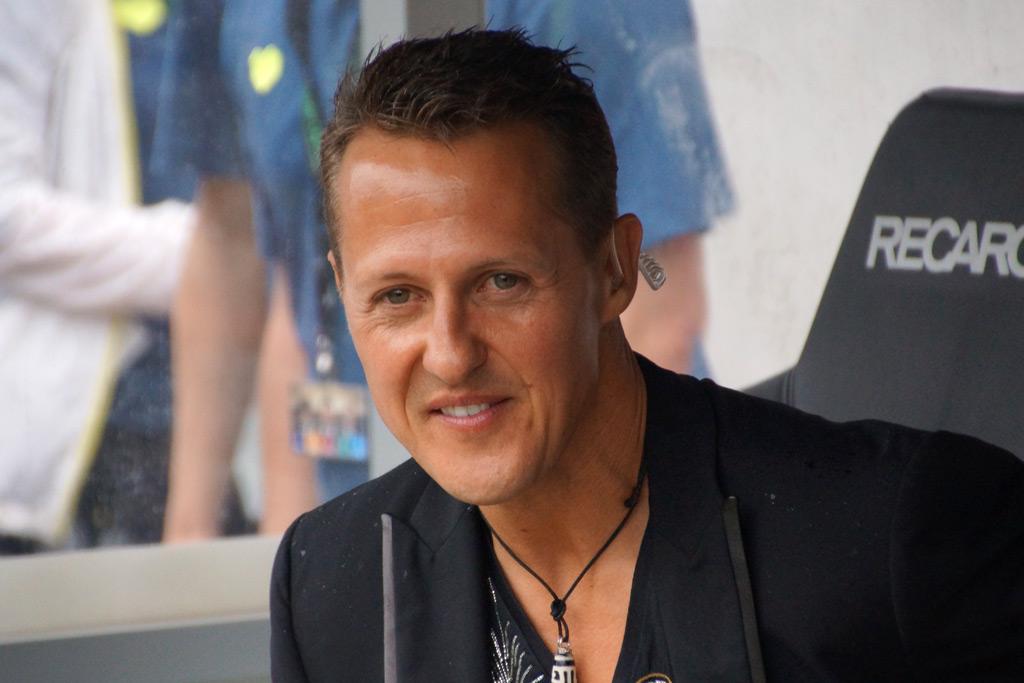 michael-schumacher-spielerbank-tag-der-legenden-2013-nestwerk-millerntor-andres-lehmann