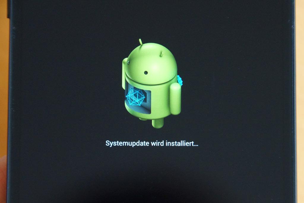 android-4-4-kitkat-lg-nexus-5-google-2013-andres-lehmann