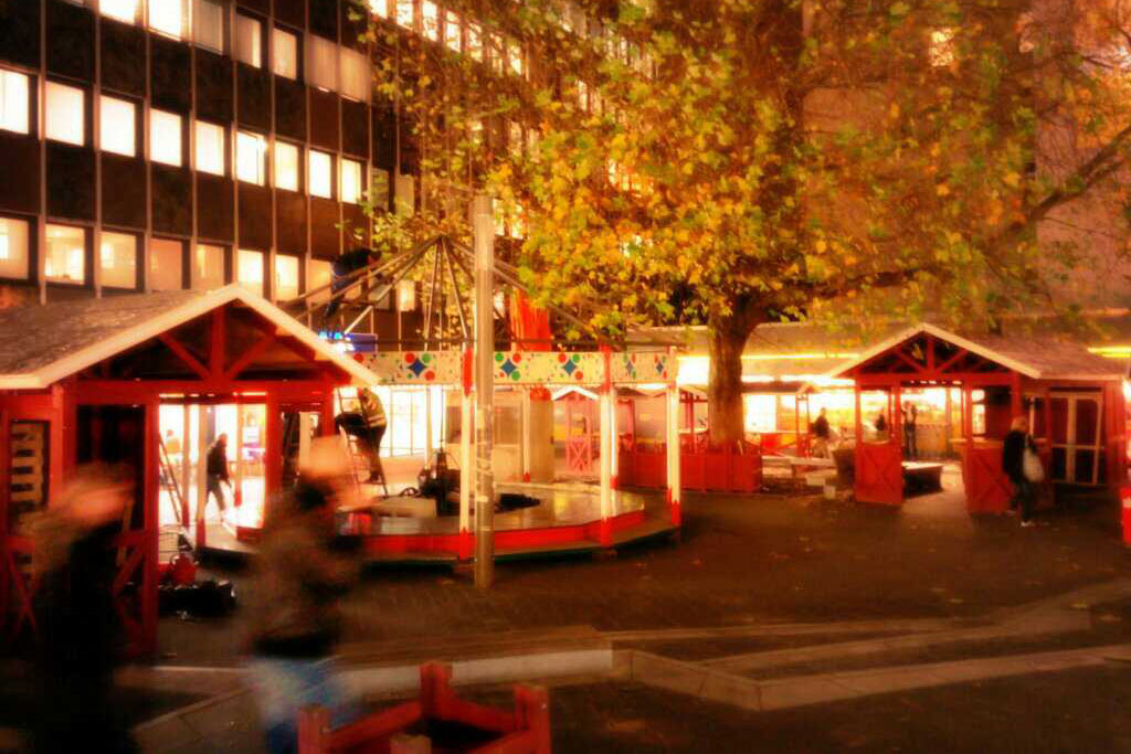 weihnachtsmarkt-eimsbuettel-fanny-medelssohn-platz-osterstrasse-hamburg-2013-andres-lehmann