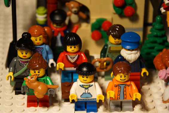 lego-winterlicher-markt-minifiguren-2013-andres-lehmann