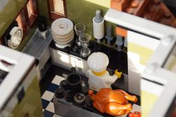 klein-pariser-restaurant-lego-kueche-koch-set-2014-andres-lehmann