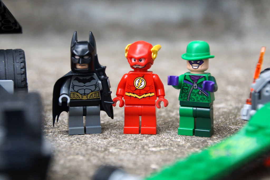 lego-dc-comis-super-heroes-batman-set-76012-2014-andres-lehmann