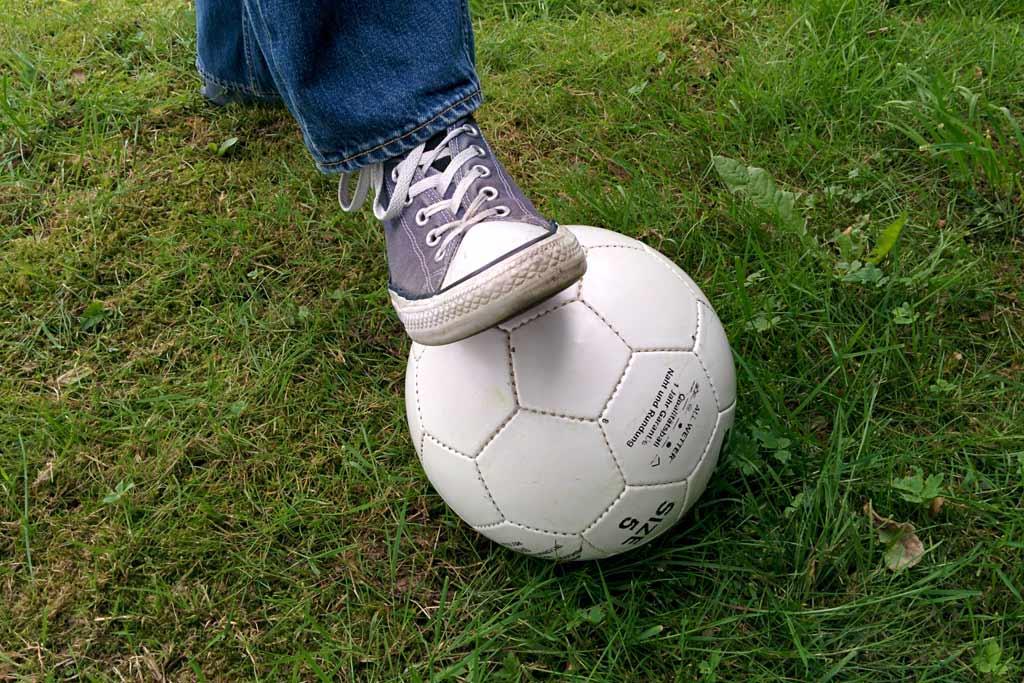 fussball-rasen-schuh-2014-andres-lehmann