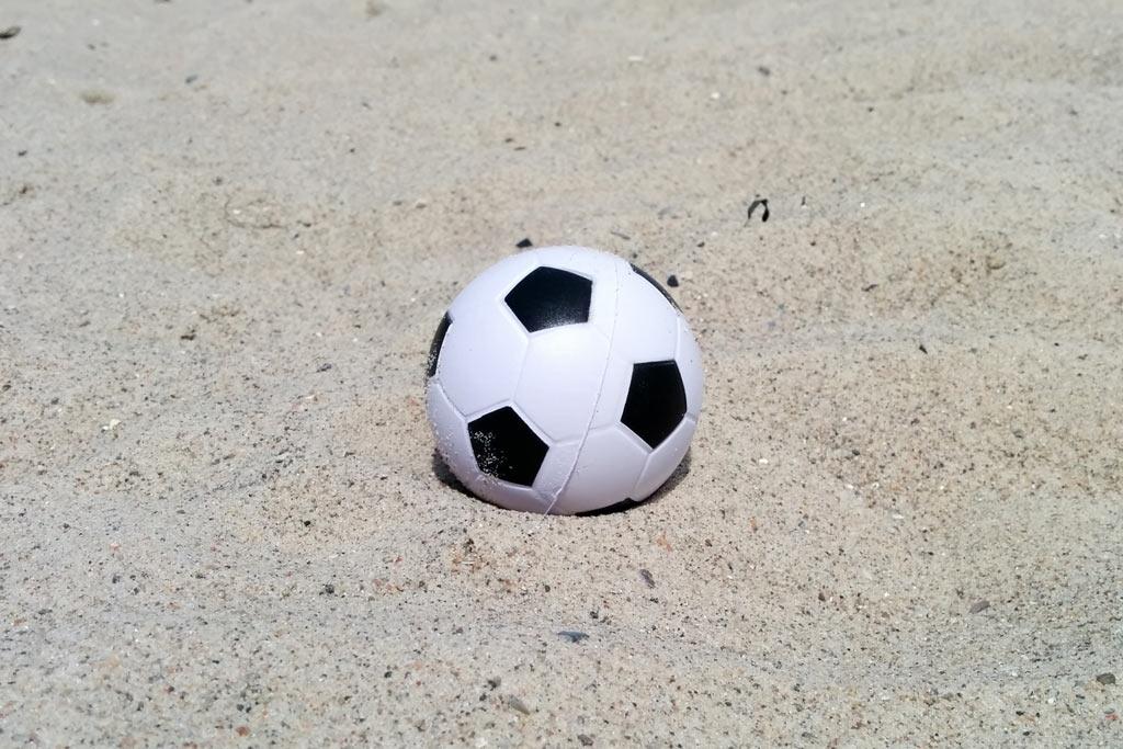 fussball-strand-2014-andres-lehmann