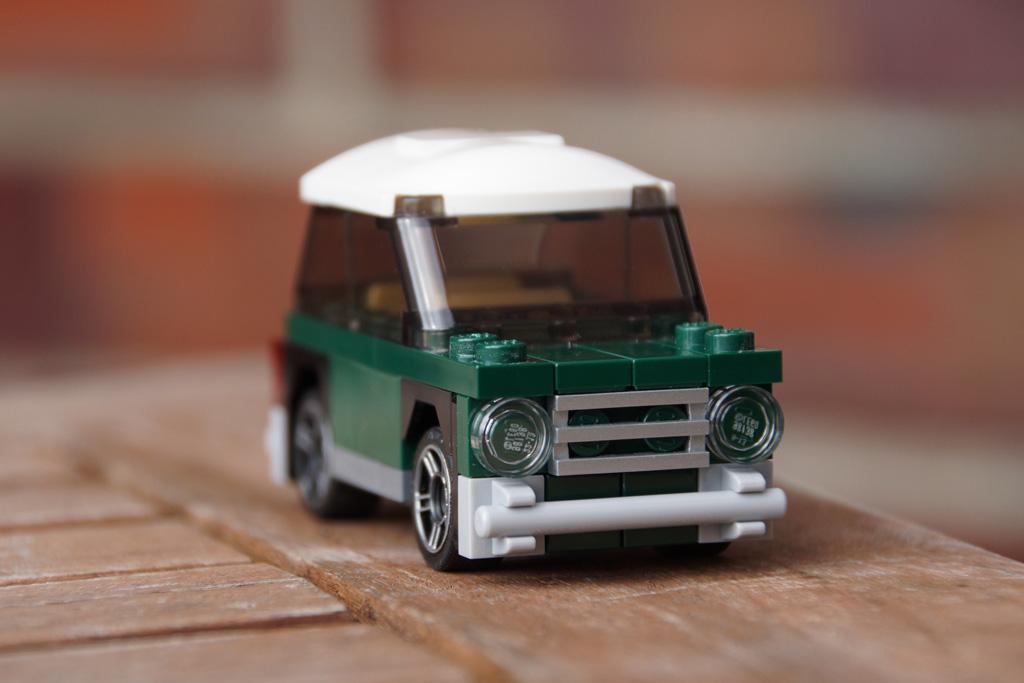 lego-mini-cooper-40109-2014-andres-lehmann