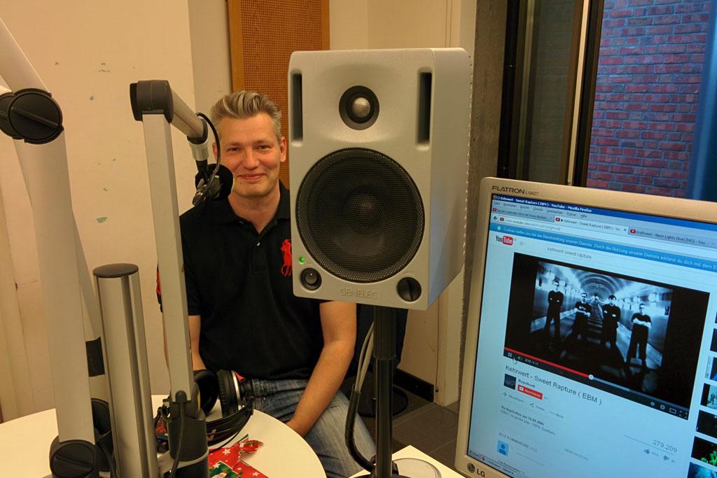 studiogast-frank-burmester-studio-1-tide-2014-andres-lehmann