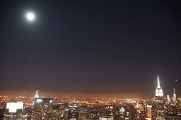 klein-rockefeller-center-ge-building-mond-top-of-the-rock-new-york-city-2014-andres-lehmann