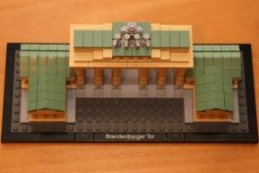 brandenburger-tor-gate-vogelperspektive-lego-architecture-210111-2014-andres-lehmann