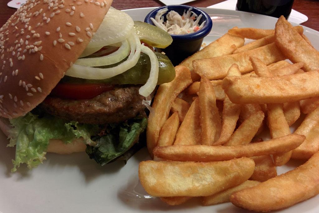 classic-burger-louisiana-cbd-2014-andres-lehmann