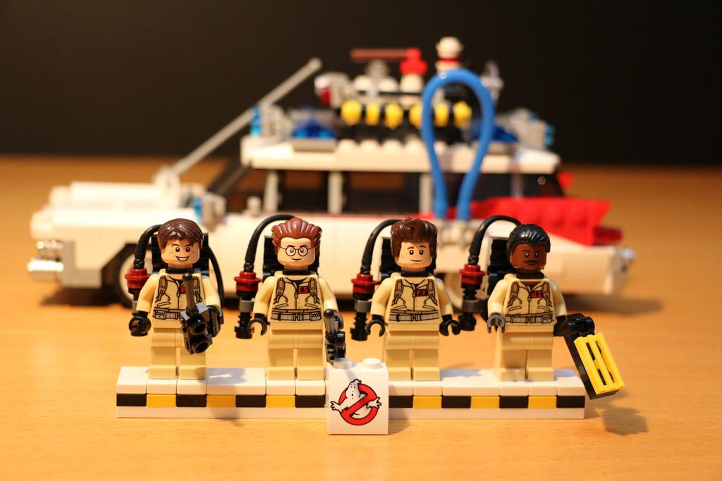 lego-ideas-ghostbusters-ecto-1-21108-2014-andres-lehmann