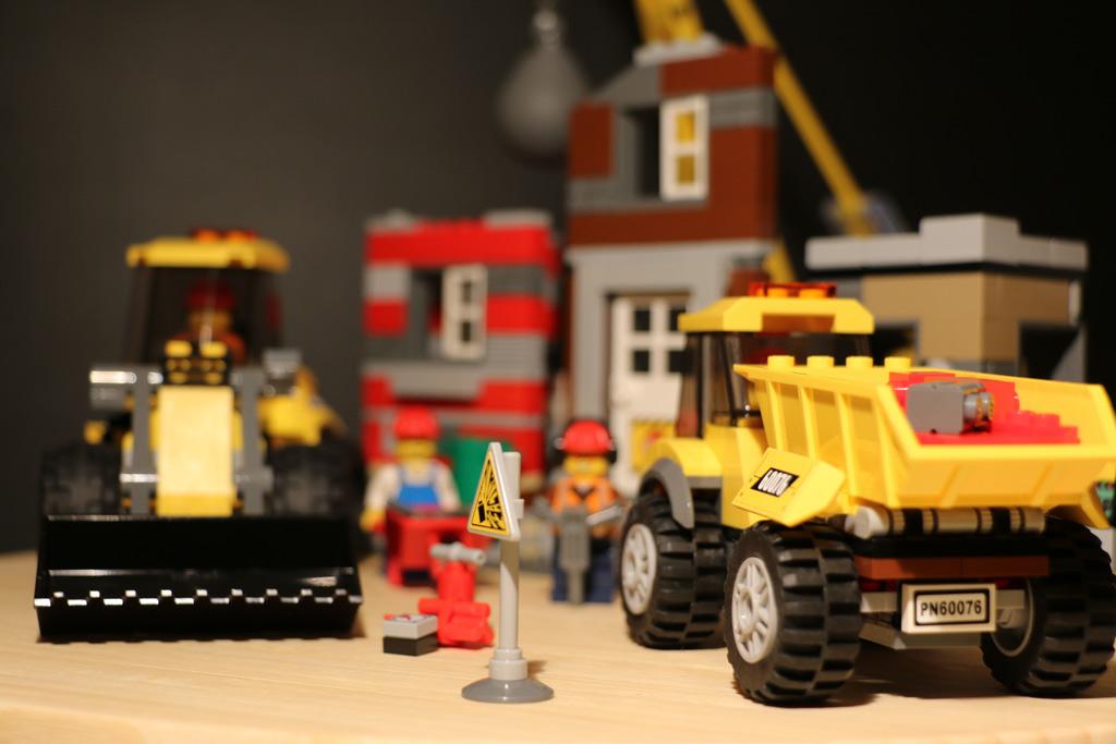 lego-city-abriss-baustelle-frontlader-set-60076-2015-andres-lehmann
