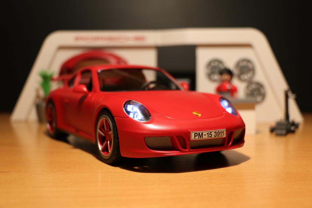 paymobil-porsche-911-carrera-s-werkstatt-spielwarenmesse-2015-andres-lehmann