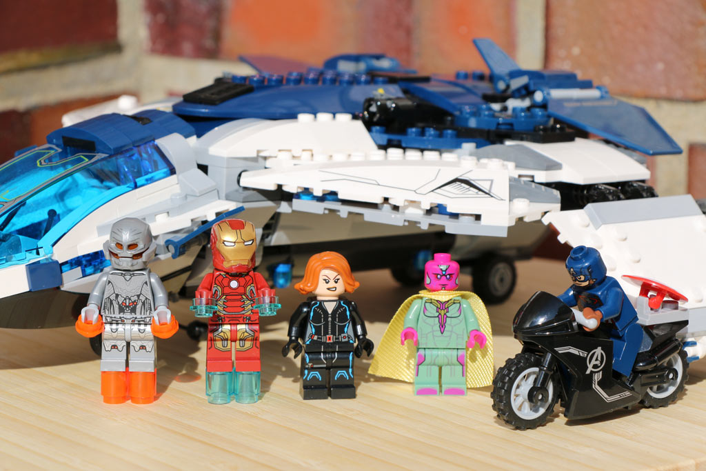 lego-marvel-super-heroes-the-avengers-quinjet-set-76032-2015-andres-lehmann