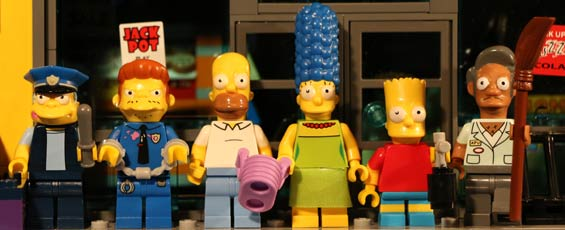 panorama-lego-the-simpsons-kwik-e-markt-2015-andres-lehmann